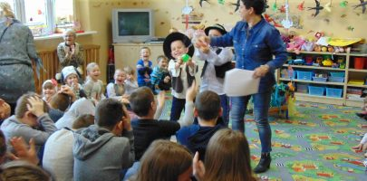 Wielkanocne przedstawienie przedszkolaków w NWU