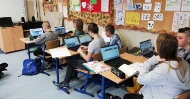 Laptop na lekcji dla każdego ucznia!